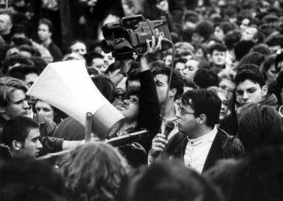 Reportaje manifestacion antiguerra del golfo 1990